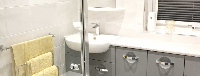 Warsash shower room supplied by Taps and Tubs